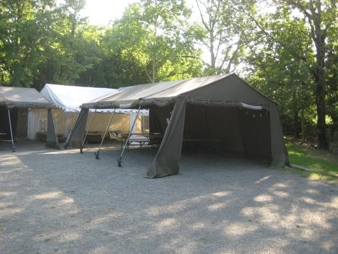 segment de 2ml de long pour tente militaire occasion. Black Bedroom Furniture Sets. Home Design Ideas