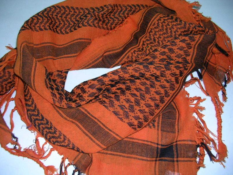 keffieh foulard palestinien orange stock americain 71. Black Bedroom Furniture Sets. Home Design Ideas